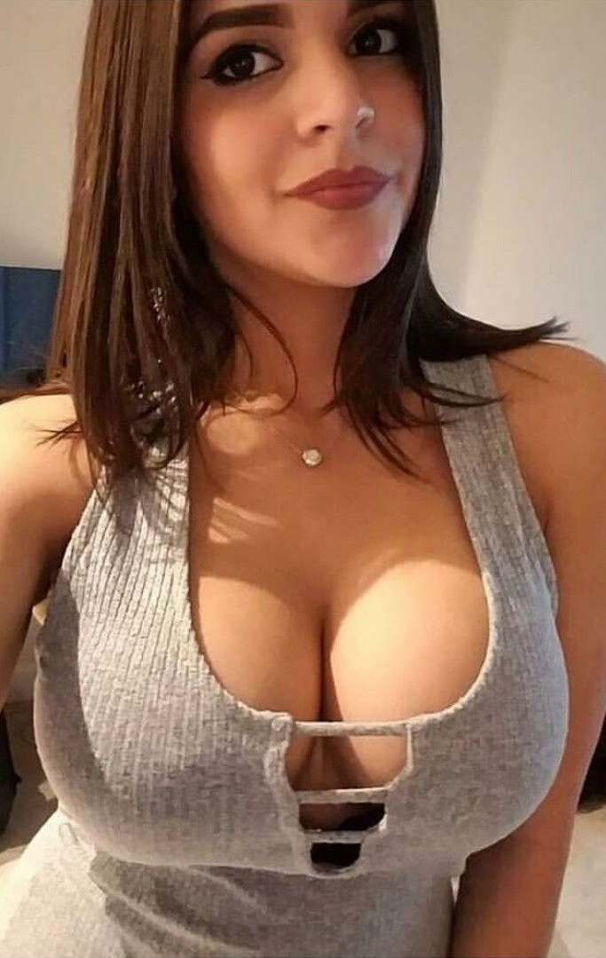Big tits babe of the day