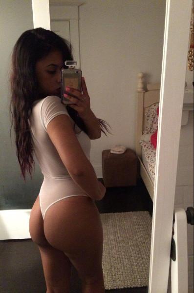 Tidy room selfie