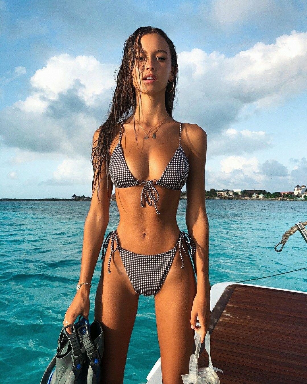 Thigh Gap Bikini Babe