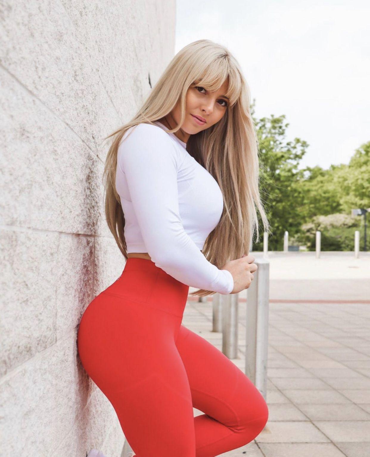 Tight big tits blonde
